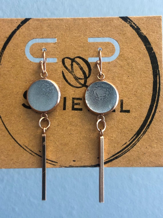 Unique Silver Resin Hand Painted Stainless Steel Dangle Earring Set for Her in Rose Gold Setting