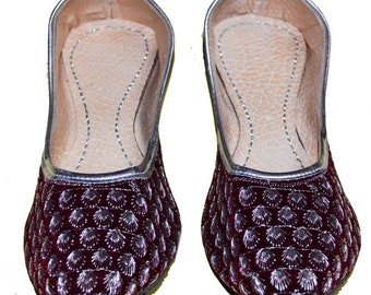 1dc755bf762 AwesomeWomen Jutti Handcrafted Punjabi jutti Leather Shoes Office Shoes  Party Wear Shoes Valvet Shoes Women Shoes US Size 8 TO 11 Available