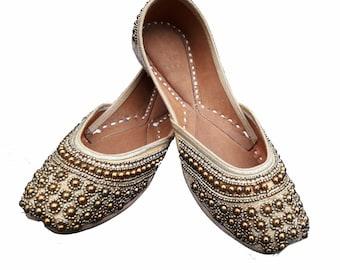 08c473c4062b5 Indian flat shoes | Etsy