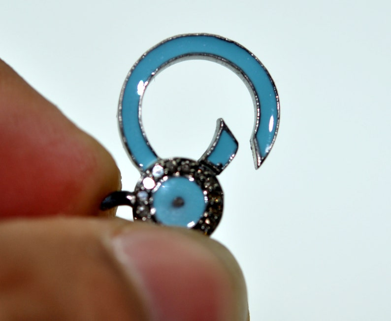 Beautiful 925 Silver Diamond  Enamel in Blue and White  Clasp