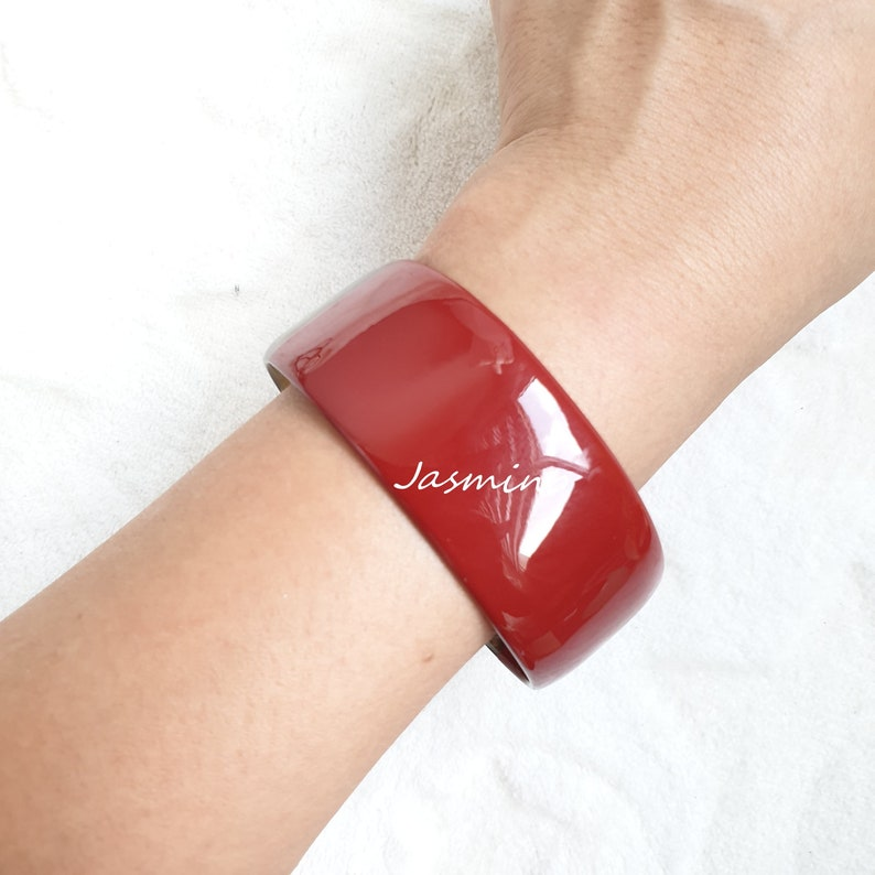 Lacquer Unique Bracelet. Handmade Bracelet Jasmino Gift Vietnam Art Horn Bangle Vintage Jewelry Round Horn Bracelet