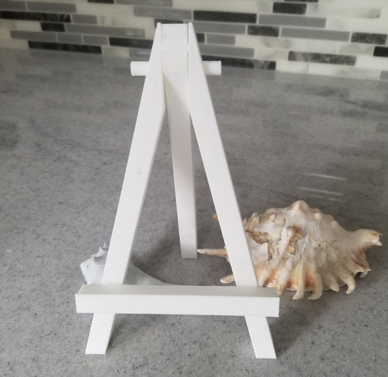 Large 3D Printed Easel image 0