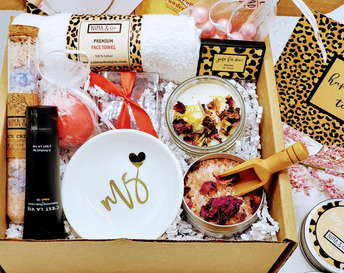 Happy Birthday Gift Box For Women, Personalized Birthday Box With Spa Gift Set For Her, Gifts For Mom, Spa Gift Box for Best Friends-BDGB013