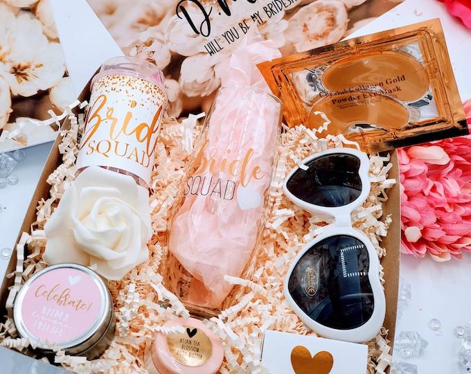 Bridesmaid Proposal Box, Will You Be My Bridesmaid, Bridesmaid Gift Box, Bridesmaid Proposal Gift Box Set, Gold Bridesmaid Gift Set -BMPB005