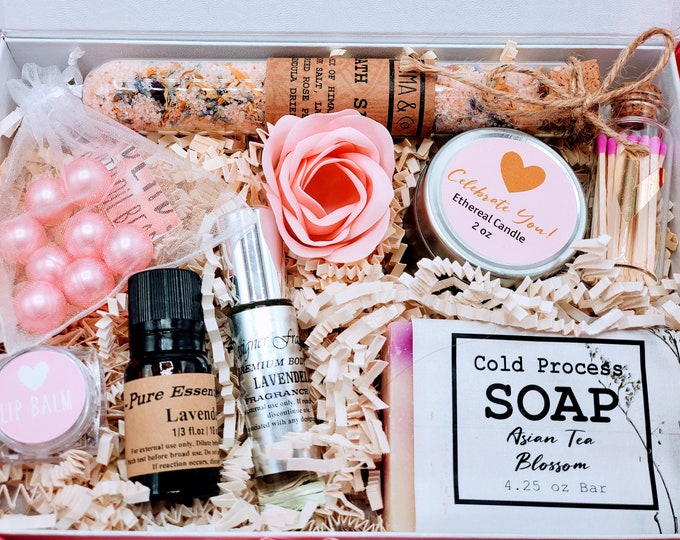 Spa Birthday Box for Women, Thinking of You Care Package, Happy Birthday Gift, Best Friend Gift, Spa Gift Set - BDS02