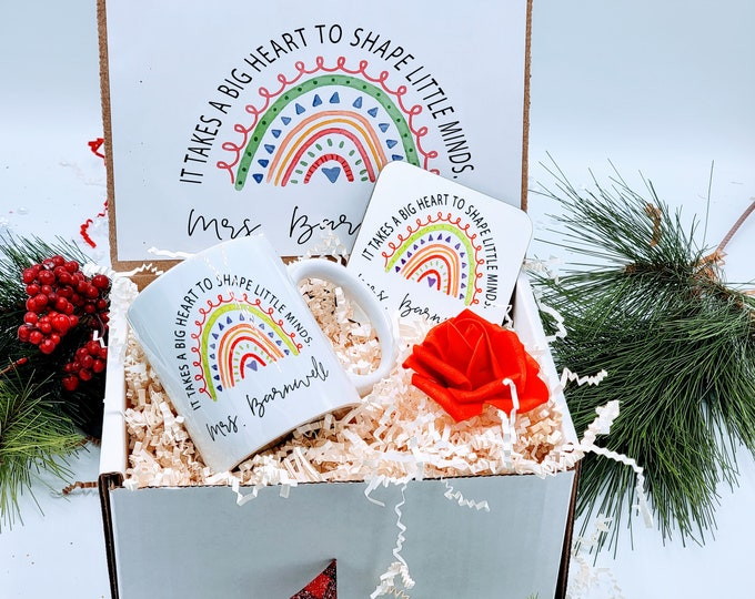 Holiday Teachers Gift Box - Personalized Christmas Teacher Thank You Gift Basket - Christmas Teacher Gift Set - NIMA Gifts Co - TAGB02