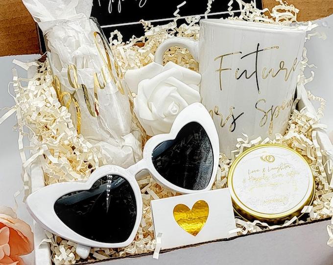 Bridal Shower Gift Box, Engagement Gift, Engagement Gift Box, Bride to be Gift Box, Bridal Shower Gift, Bride Box, Bride, Future Mrs -BGB002