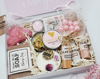 Pregnancy Gift Box, Expectant Mom Gift, Baby Shower Gift, Mothers Day Gift, Gift Box for Women, Mother To Be Gift, New Mom Gift -MDGB004