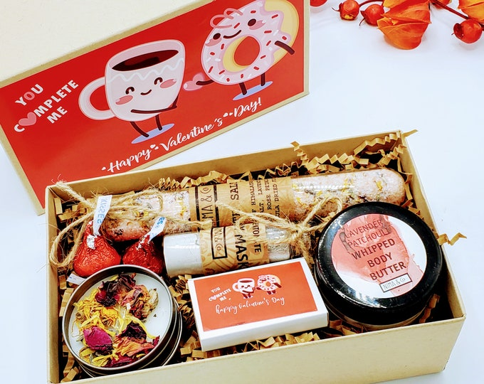 Friendship gift box | Best Friend Gift | Spa Gift Set | Send a Gift | Gift for Her | Self Care Gift | Friend Birthday Gift - VDGB03