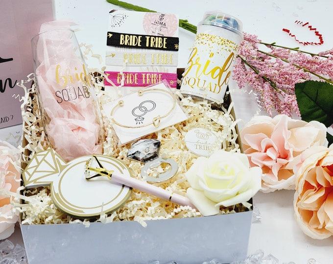 Bridesmaid Proposal Gift Box Set, Bridesmaid Gifts, Bridesmaid Proposal Box, Will You Be My Bridesmaid, Gold Bridesmaid Gift Set -BMPB008