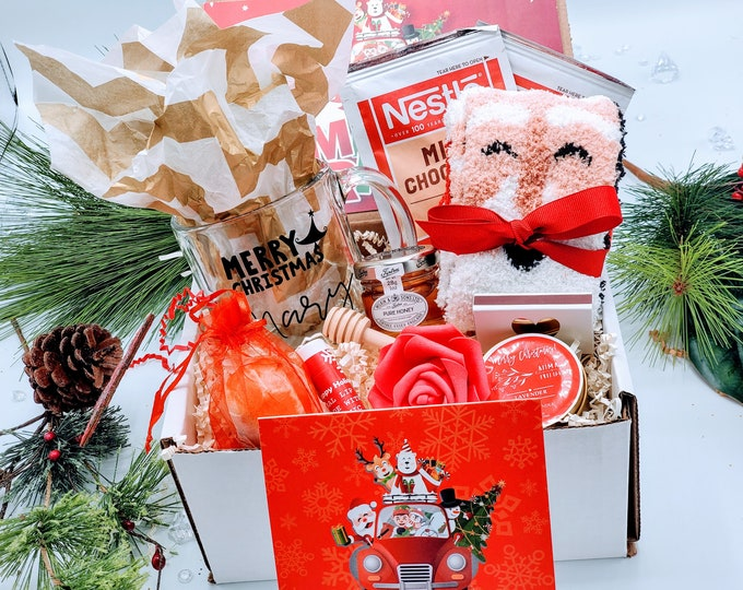 Best Friend Christmas Gift, Christmas Gift Box for Women, Christmas Gift Basket, Mom Christmas Gift, Christmas Gift Set for Women - CSGB012