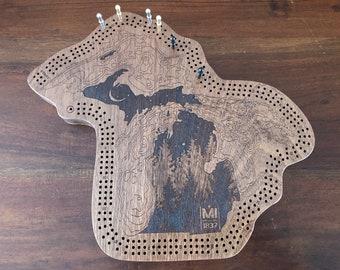 Michigan Lakes and Pines cribbage board