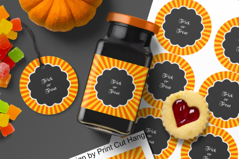 Halloween Labels Templates with Scalloped Round Text Frame and image 0