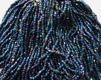 #CSR056 Hank 12//0 Silver Lined Light Sapphire 3-Cut Czech Seed Bead