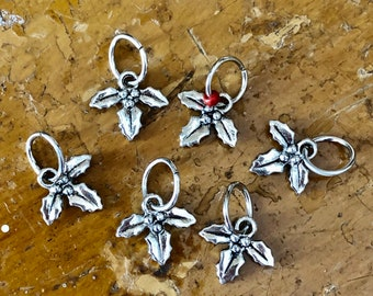 Holly Leaves Snagless Stitch Markers, Knitting Notions, Gifts for Knitters, Knit Markers, Yarn Jewelry