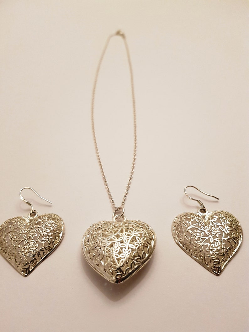 Jewerly set Gift for Her Heart to Heart  Jewelry Silver Set 925 Solid Silver Set Necklace /& Earrings