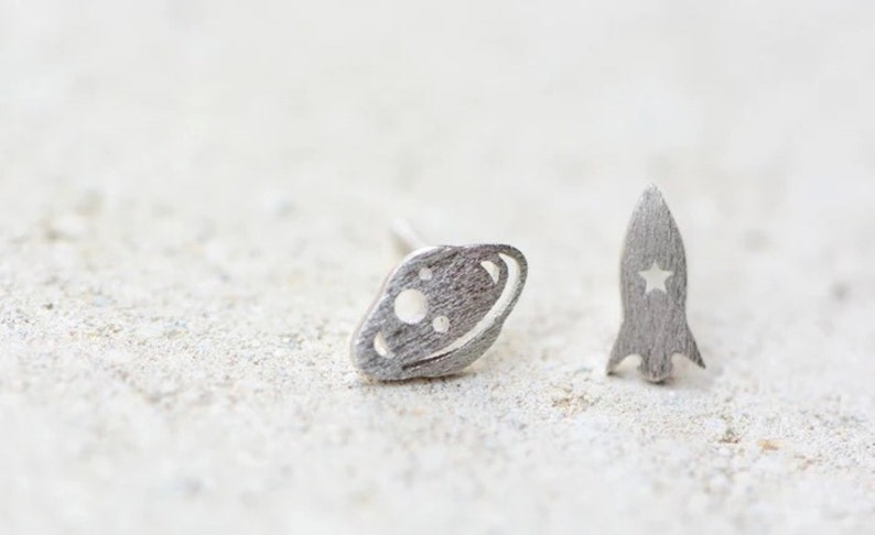 Small Gifts for Her Cute Planet Saturn Earrings Galaxy Spaceship Earrings Handmade Silver Rocket /& Planet Stud Earrings Space Earrings