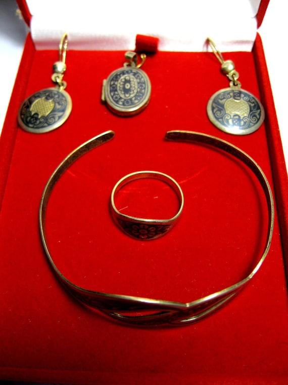 Vintage Rare USSR jewelry Jewelry Pendant Ring SET