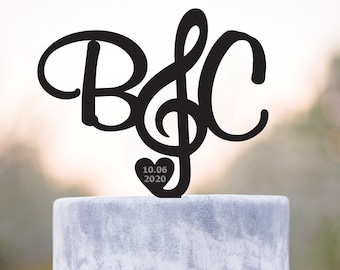 Treble clef music wedding initials cake topper,musician wedding cake topper,music wedding cake topper,custom music lover wedding topper,a367