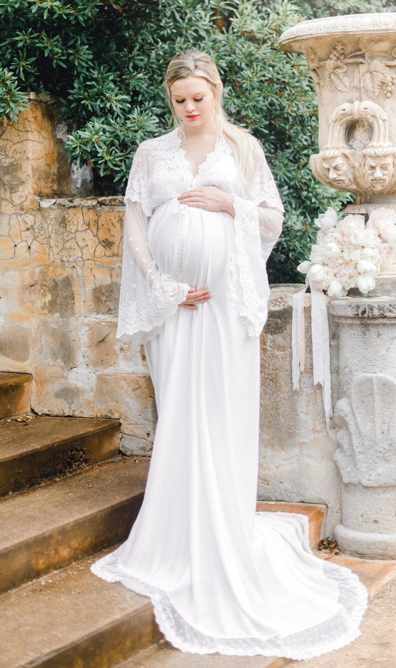 c39682d36af LACE MATERNITY ROBE for maternity photo shoot boudoir photo