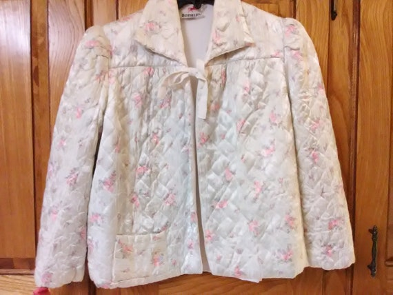 VINTAGE Rothley satin quilted bed jacket