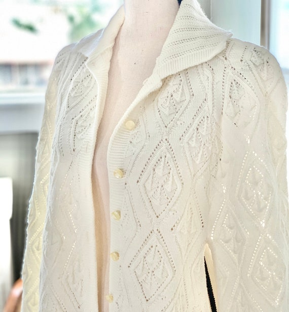 Lovely Shawl, Half Sleeve Vintage Crochet Shawl, W