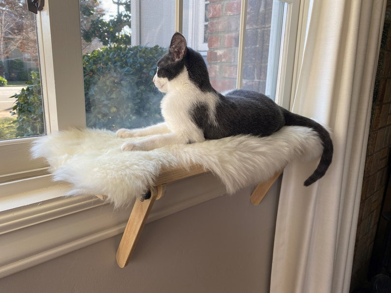 Cat Window Perch  Cat Shelf  Window Sill  No Tools Genuine sheepskin