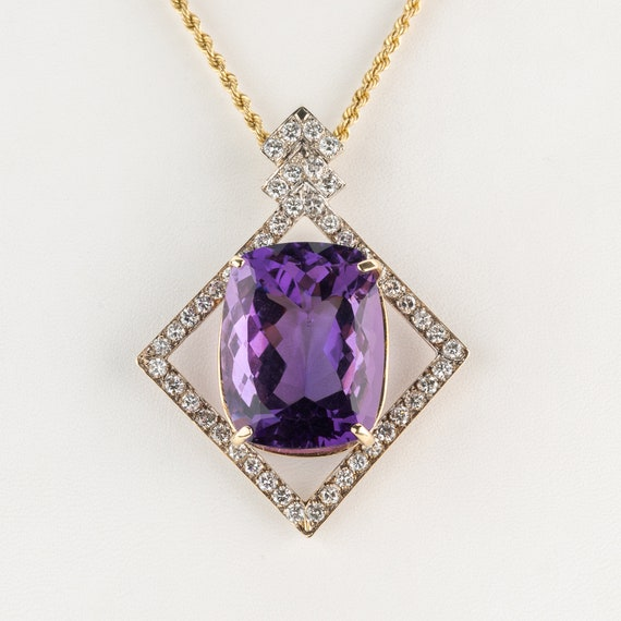Pendant (14k gold) with amethyst and diamonds