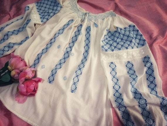 Blue & White Handembroidered Blouse ~ Vintage Roma