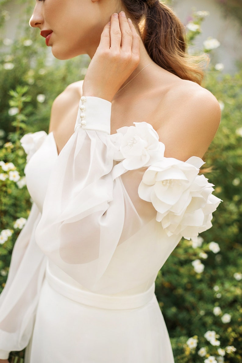 Decor details Luxury satin sleeves Mikado dramatic sleeves Bridal separates Featherweight chiffon sleeves Long Sleeves