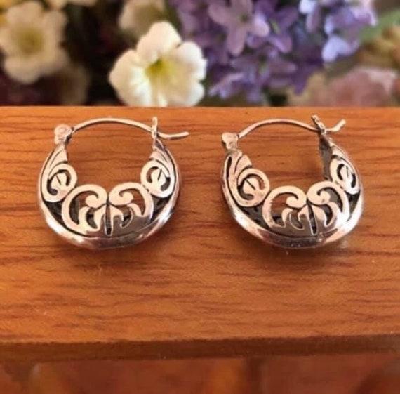 FB Jewels 925 Sterling Silver Vintage-Inspired Hoop Earrings