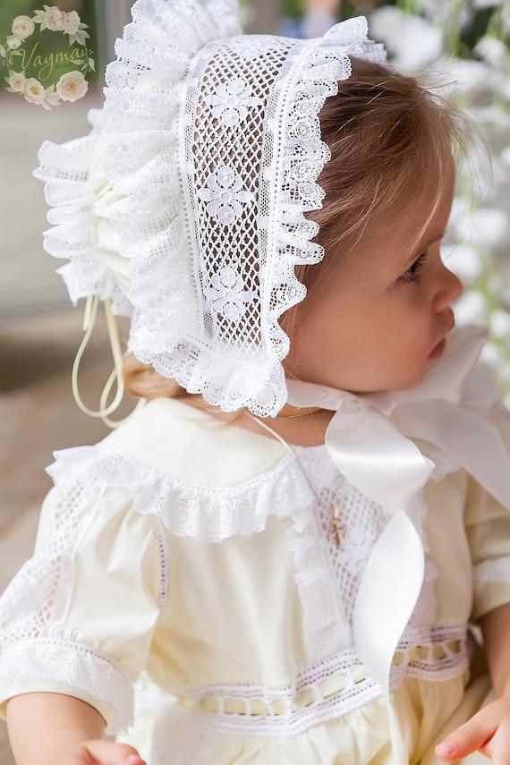 Vintage baby bonnet*infant bonnet*doll bonnet*Christening bonnet*Baptism bonnet*small baby bonnet*baby doll bonnet*batiste infant 0-3 months