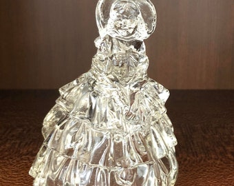 Vintage Southern Bell Lady Figurine E1102