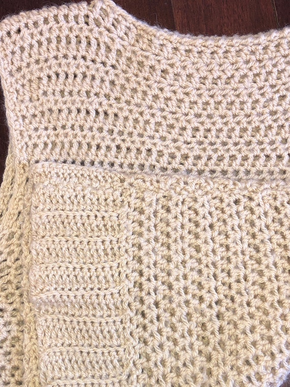 70s 80s tan crochet sweater vest, boat neck sweat… - image 7