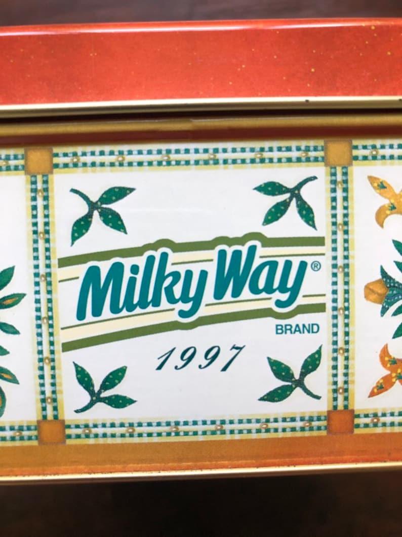 Milky Way Canister 1997 Baltimore Album Quilt vintage collectible square tin flowers ~ Victorian design heart yellow fleur-de-lis