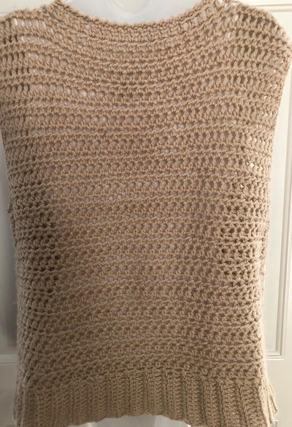70s 80s tan crochet sweater vest, boat neck sweat… - image 6