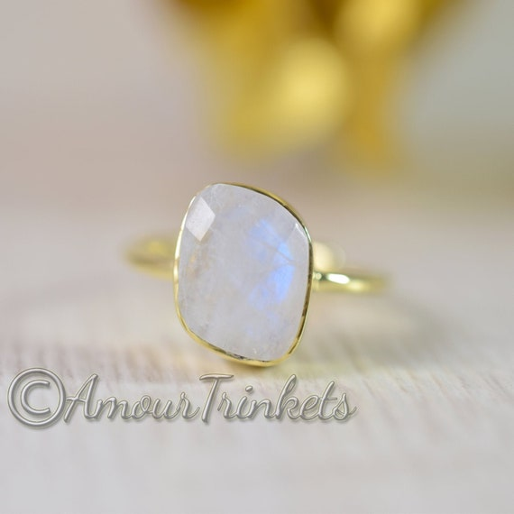 925 Sterling Silver Rainbow Moonstone Ring Size US 6 Rainbow Stone Gemstone Statement Ring Gift Jewellery For Girl Women