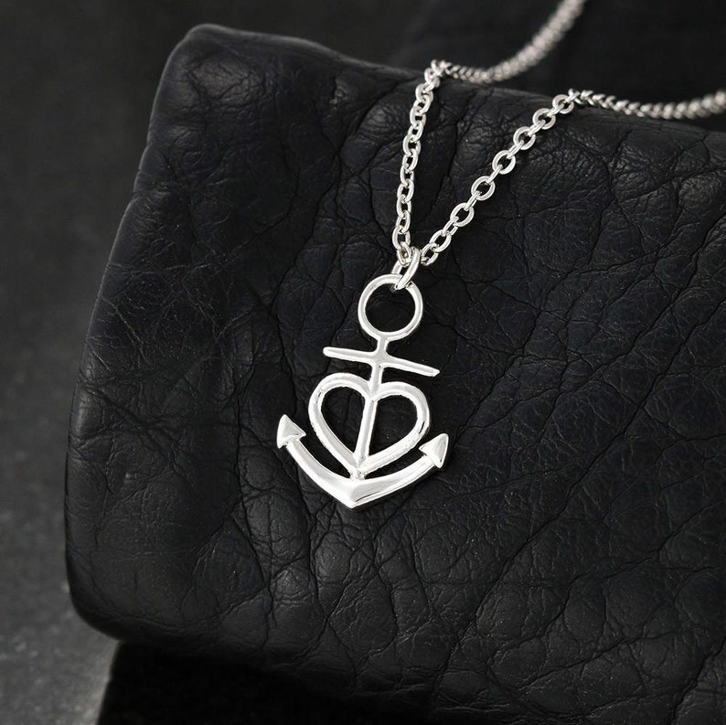Anchor Necklace Mother/'s Day Gift for A Friend and Fellow Mom