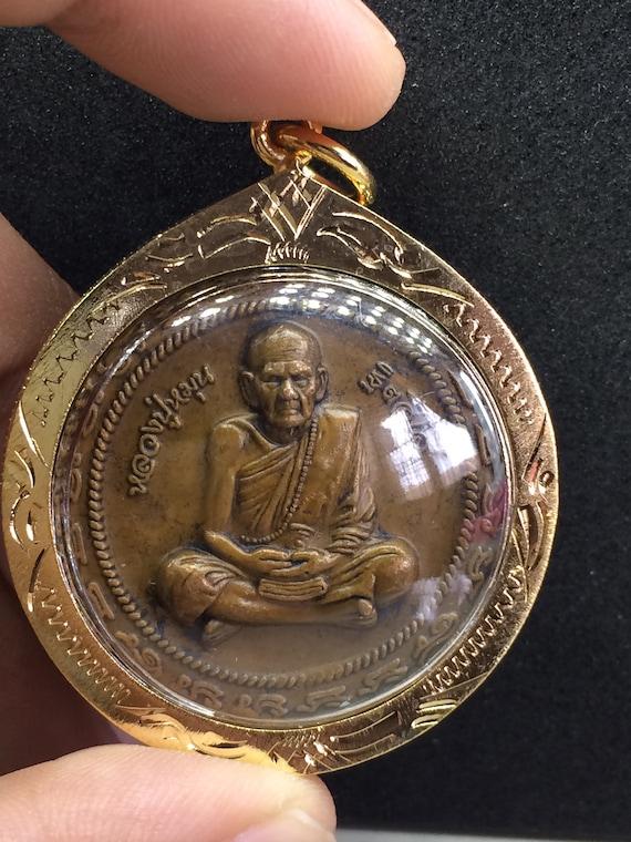 Talisman Takrut Lp Thai Buddha Charm Wealth Powerful Red bracelet Tiger Amulet