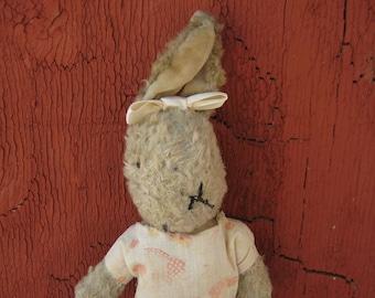 Vintage 1999 Ganz Scruffy Bunny Premium Plush