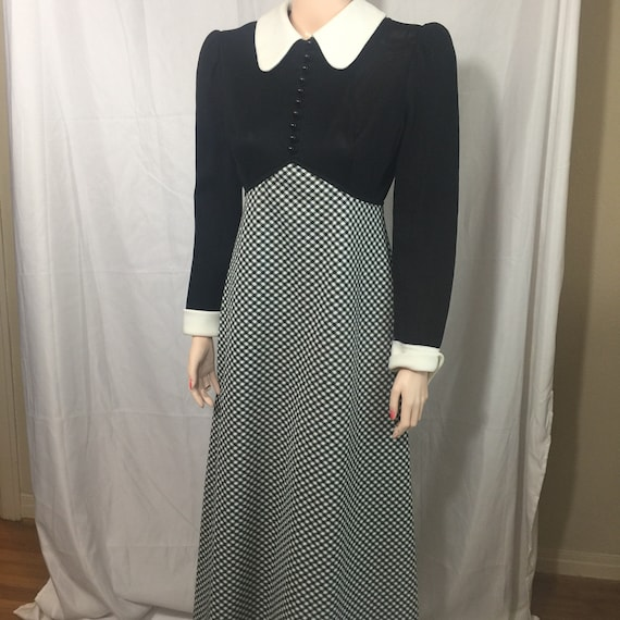 Stylish Kelly Arden Empire Dress