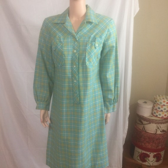 60s or 70s Plaid Shirtdress