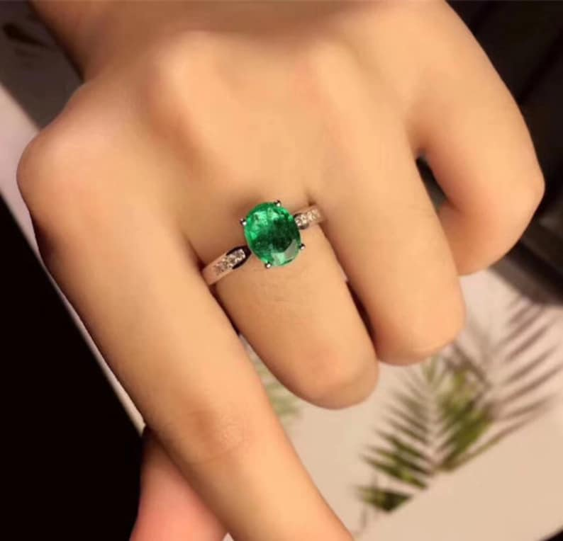 Statement Ring Engagement and Wedding Ring 925 Sterling Silver Natural Emerald /& Cubic Zirconia Woman Ring Emerald Ring