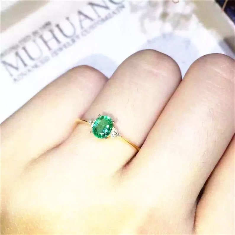 Emerald Ring Statement Ring Engagement and Wedding Ring 925 Sterling Silver Natural Green Emerald /& Cubic Zirconia Woman Ring
