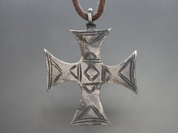 Ancient Medieval Knights Templar silver Cross Pend