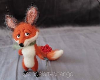 Needle felted fox with flower, woodland animal, red fox, home decor, handmade fox, fox doll, fox miniature, waldorf inspired