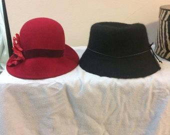 88798f00b76 2 Vintage Women s hats - Liz Claiborne