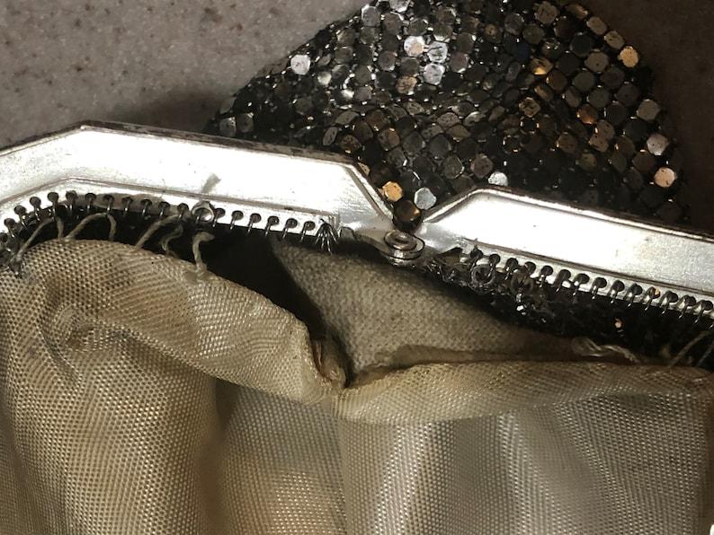 Very Pretty Whiting /& Davis Mesh Handbag with Seashell Closure Snap