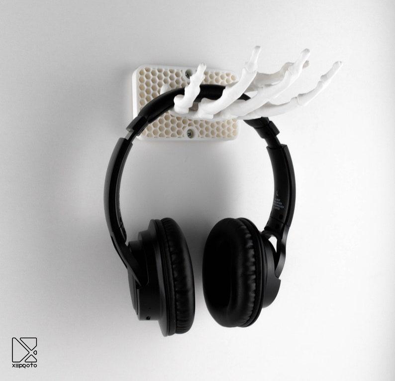 Headphone Holder  Low Poly Skeleton Shape  Wall Mount  image 0
