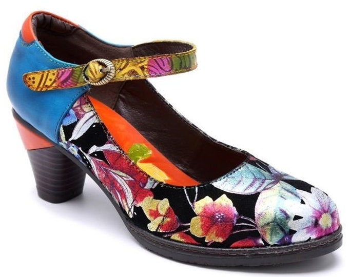 Hand-painted Leather/Embroidered Cloth Splicing Floral-designed Single-ankle-strapped Buckled Pumps
